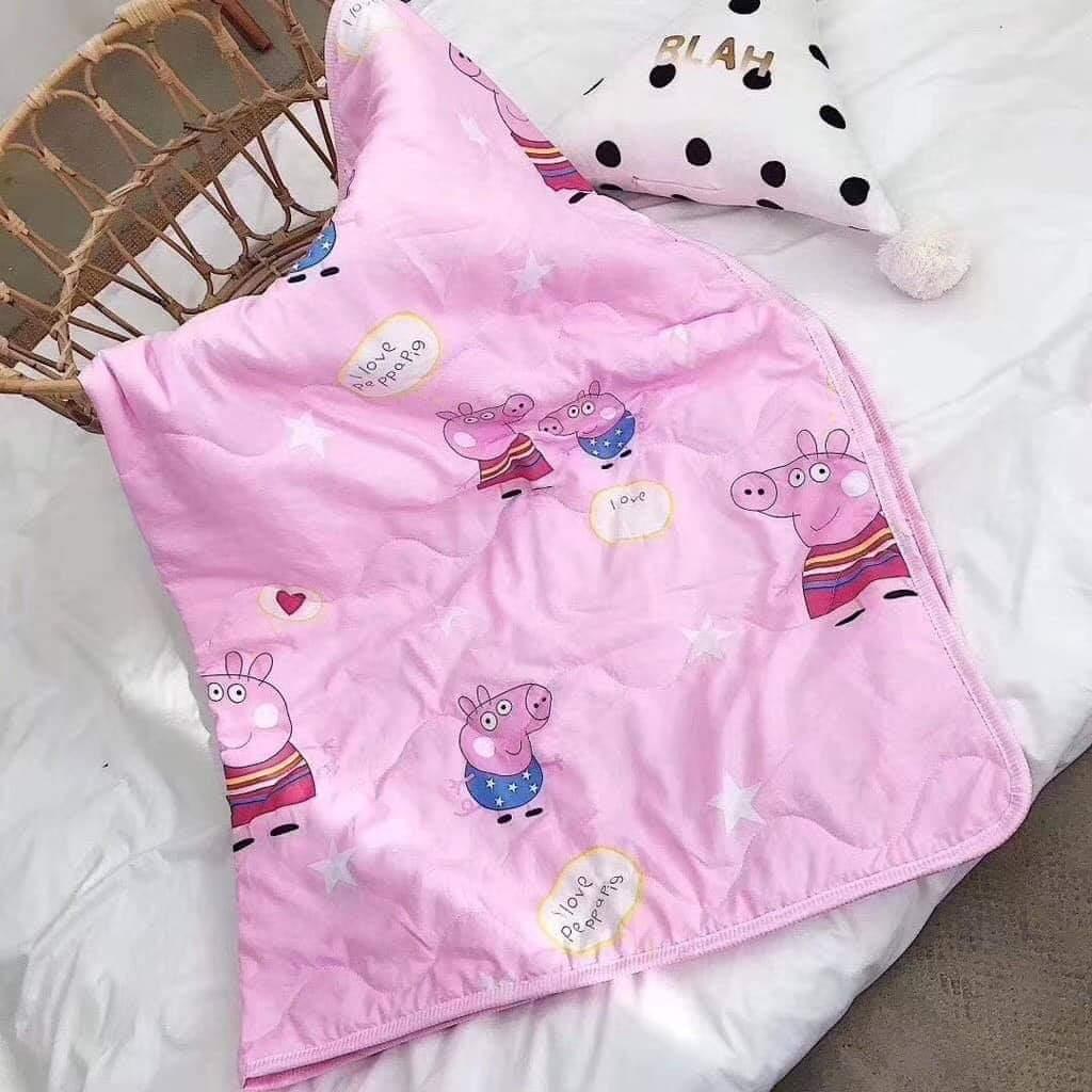 ผ้าห่มเด็กสีชมพูหมู