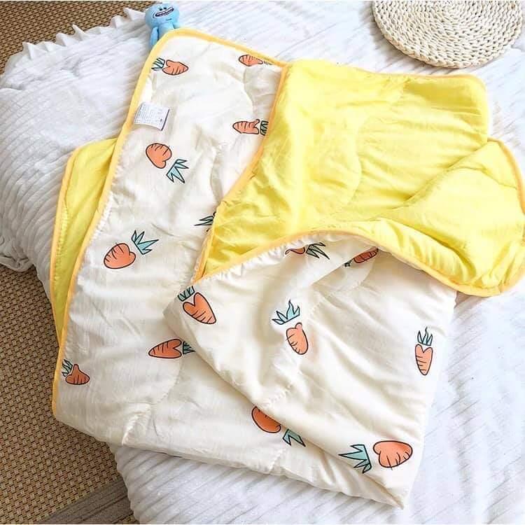 ผ้าห่มเด็กสีครีมแครอท